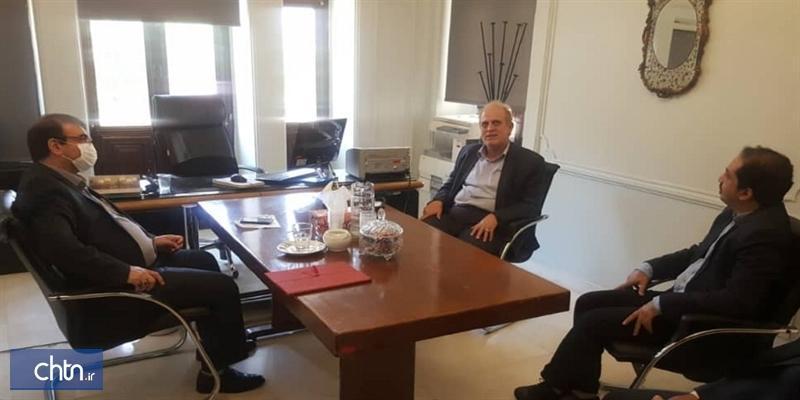 مدیر موزه نقاشی پشت شیشه منصوب شد