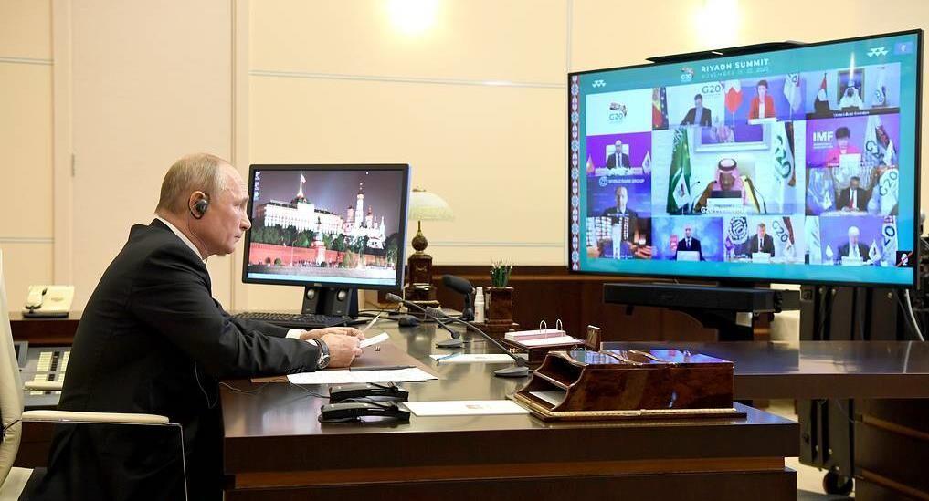 تاکید پوتین بر لغو سیاست های تحریمی در جهان