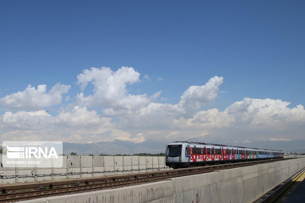 افتتاح&zwnj ایستگاه&zwnjهای جدید مترو به سال آینده موکول می&zwnjشود؟